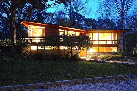 On the market: 1950s David Henken-designed midcentury modern property in Pound Ridge, New York State, USA