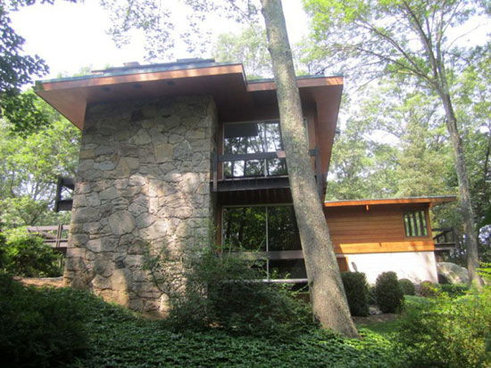 1950s David Henken-designed midcentury modern property in Pound Ridge, New York State, USA