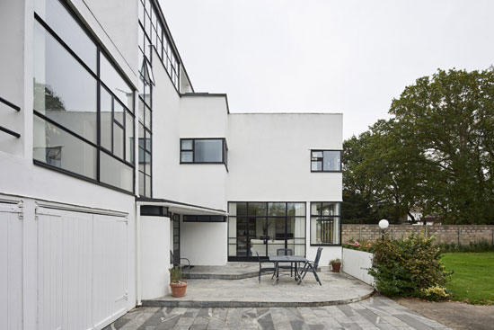The Saltings 1930s Connell, Ward and Lucas modernist house in Hayling Island, Hampshire