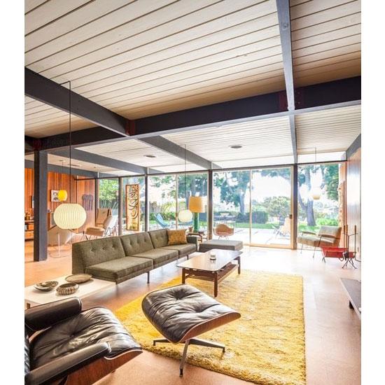 1950s midcentury modern: Craig Ellwood-designed Bobertz House in San Diego, California, USA (C) Darren Bradley