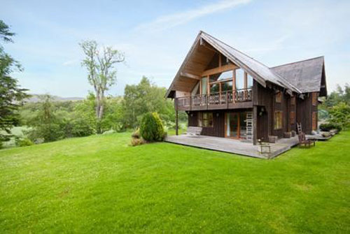 RachanHus three-bedroom Scandinavian-style property in Broughton, Peeblesshire, Scotland