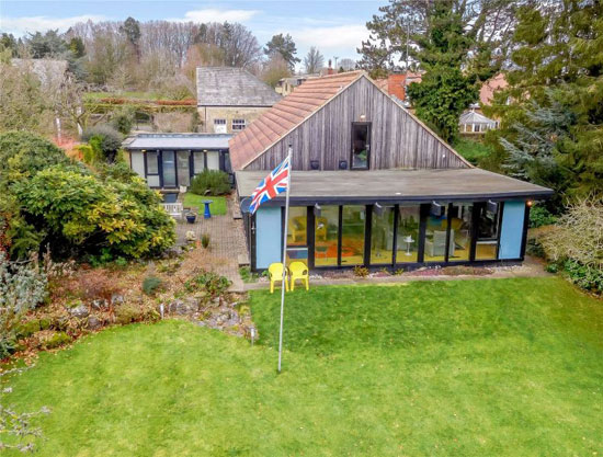 1960s Bill Bradshaw midcentury modern property in Scriven, Yorkshire