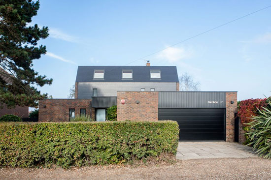 1970s Robin Wilson-designed modernist property in Seasalter, Whitstable, Kent