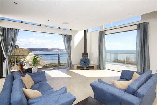 Sadler Brown-designed coastal modernist property in Seaton, Devon