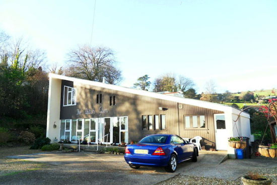 On the market: Midcentury-style The Dutch Glen house in Seaton, Devon