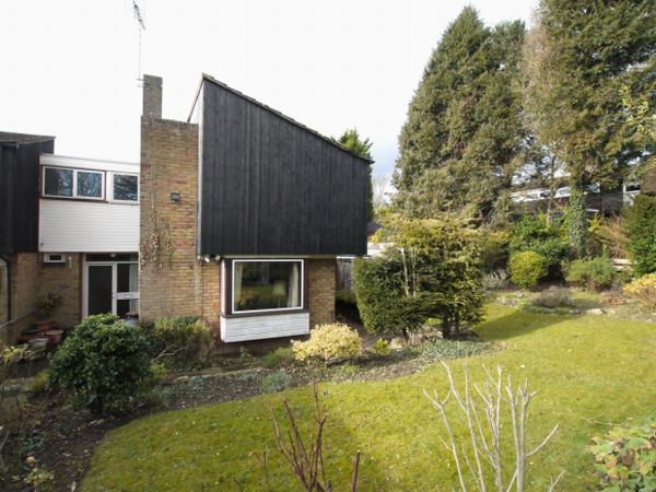 1960s modernism: Fry, Drew & Partners-designed property in Kemsing, near Sevenoaks, Kent