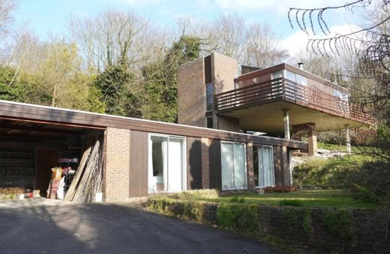 1960s four-bedroom modernist property in Kemsing, Sevenoaks, Kent
