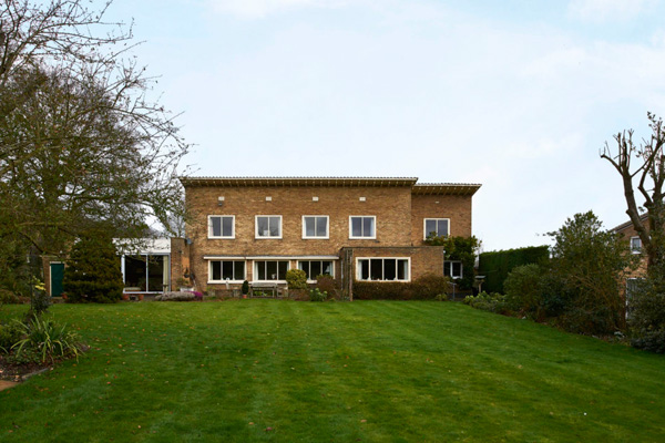 1930s modernism: Mary Medd-designed Sewell's Orchard property in Tewin, Hertfordshire