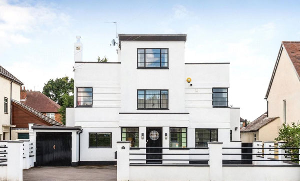 1930s art deco house in Shrewsbury, Shropshire