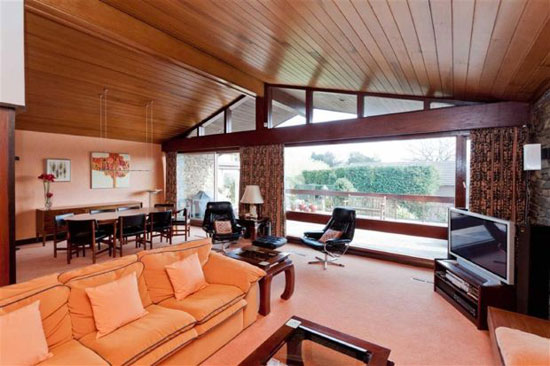 1960s midcentury-style five-bedroom house in Ecclesall, Sheffield, South Yorkshire