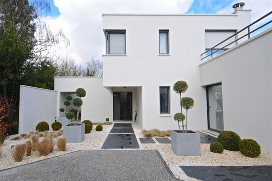 On the market: Robert Mallet-Stevens-inspired modernist property in Bordeaux, Aquitaine, France