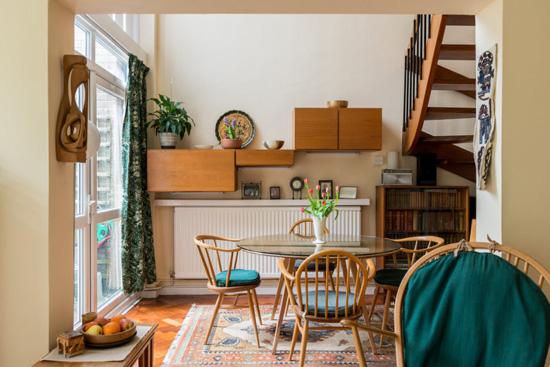 1960s modernism: Andrews, Emerson, Sherlock & Keable-designed property in London N6