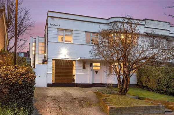 1930s art deco house in Southgate, London N14