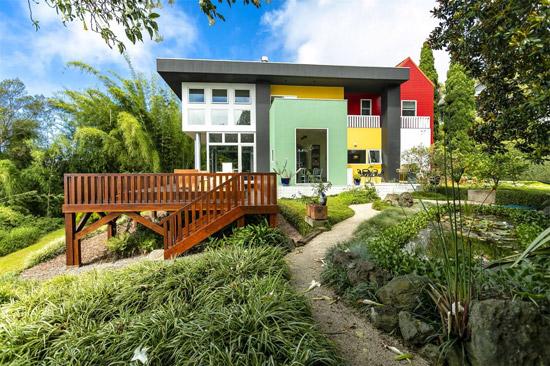 Ettore Sottsass-designed Casa Olabuenaga in Kula, Hawaii, USA