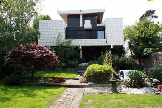 1960s Three-bedroom modernist property in Soisy-sous-Montmorency, near Paris, France