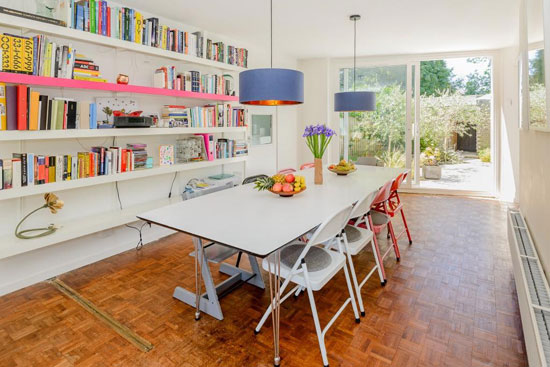 Span House for sale: 1960s modernist property on the Templemere Estate, Weybridge, Surrey