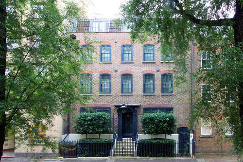 18th century townhouse in Spitalfields, London E1