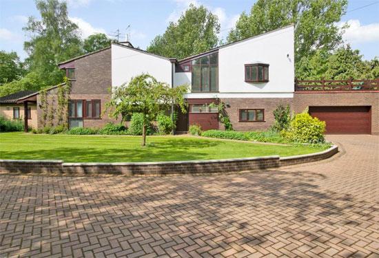 1960s modernist property in Strumpshaw, Norfolk