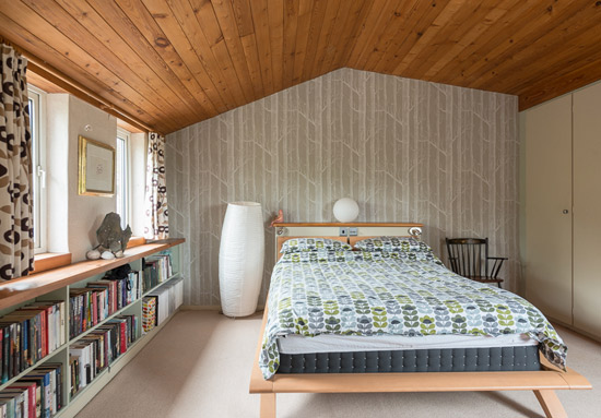 1970s Philip Allison-designed midcentury modern property in Stoke Row, Oxfordshire