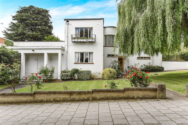 1930s art deco: Gerald Lacoste-designed property in Stanmore, Middlesex