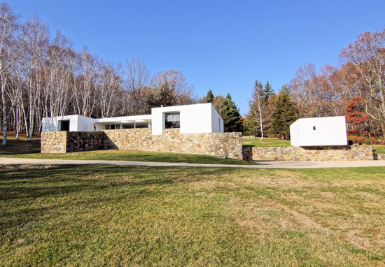 1960s Marcel Breuer-designed Stillman II in Litchfield, Connecticut, USA