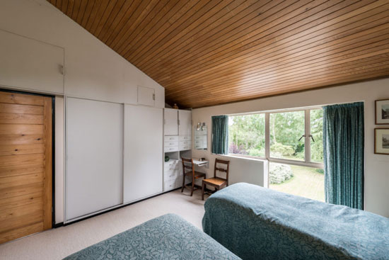 1950s modernism: Alison & Peter Smithson-designed The Sugden House in Watford, Hertfordshire