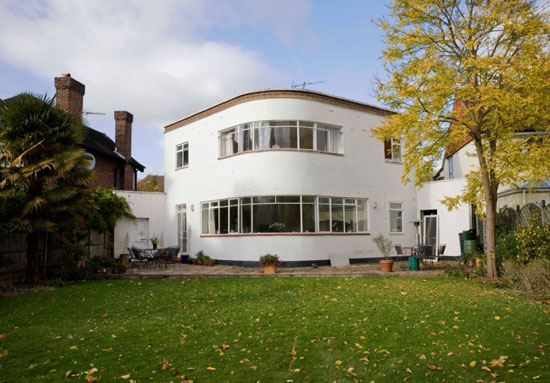 On the market: 1930s Wells Coates and David Pleydell-Bouverie-designed four-bedroom Sunspan house in New Malden, Surrey