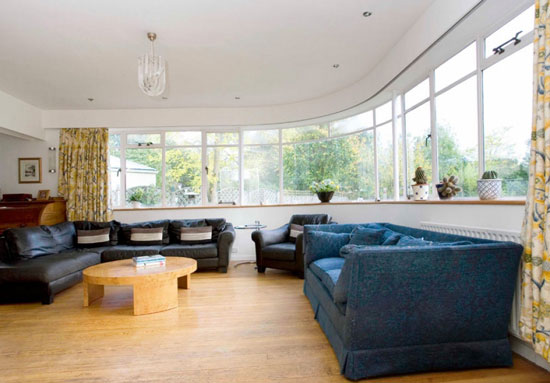 1930s Wells Coates and David Pleydell-Bouverie-designed four-bedroom Sunspan house in New Malden, Surrey