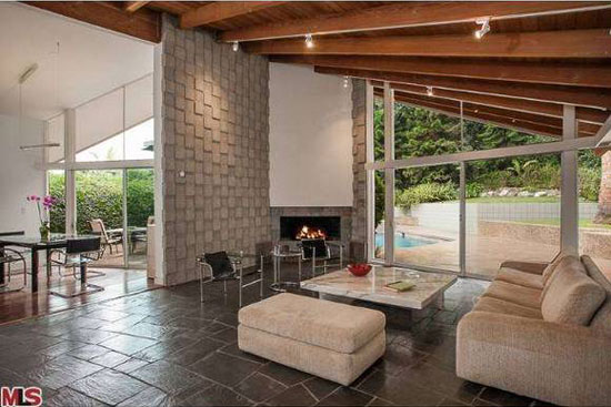 1950s Palmer and Krisel-designed three-bedroom midcentury modern property in Los Angeles, California, USA