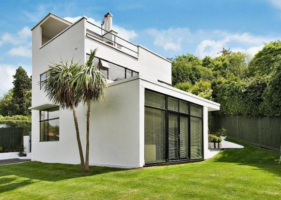 Grade II-listed The First Sun House four-bedroomed house in Amersham, Buckinghamshire