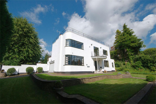 1930s art deco house in Sutton Coldfield, West Midlands