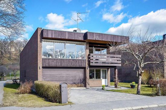 1960s modernist property in Kyrkviken, Sweden