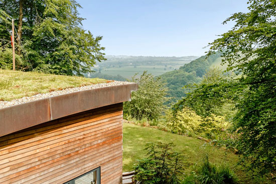 Contemporary modernist property in Symonds Yat, near Ross on Wye, Herefordshire