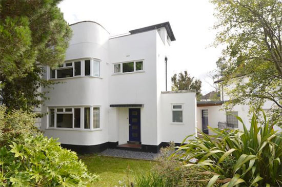 1930s semi-detached art deco property in Twickenham, Greater London