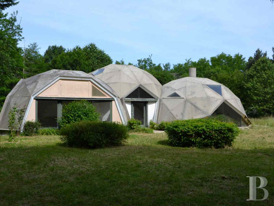 On the market: 1960s Jean Daladier-designed Les Trois Coupoles villa in Yonne, Burgundy, France