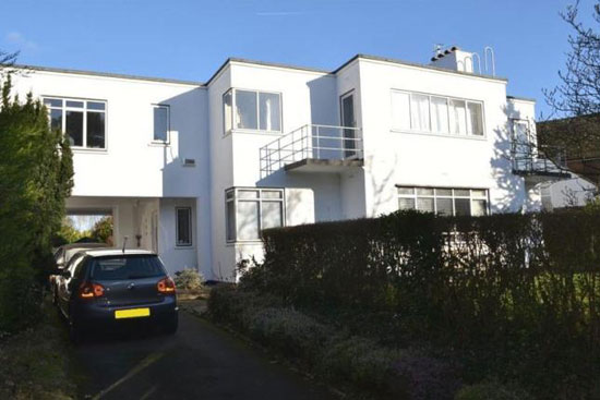 1930s Frank Scarlett modernist property in Tonbridge, Kent