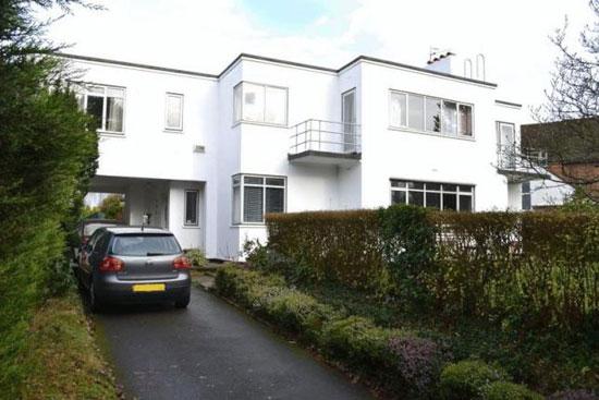 1930s Frank Scarlett modernist property in Tonbridge, Kent