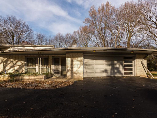 1950s midcentury property in Indianapolis, Indiana, USA