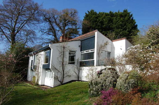 On the market: 1960s architect-designed modernist property in Taunton, Somerset