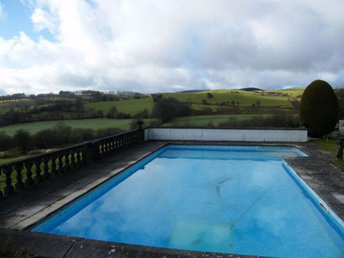1970s-designed five-bedroomed house in Tanyresgair, Cwmann, Lampeter, Carmarthenshire