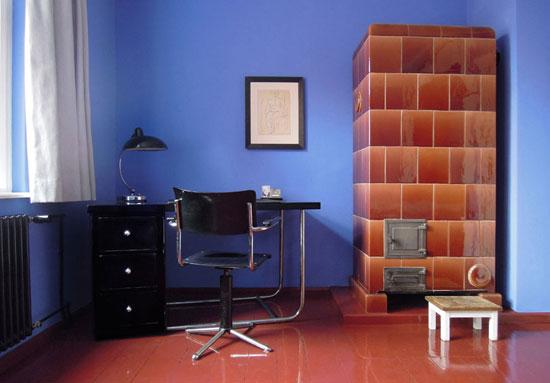 1920s Bruno Taut-designed modernist house on the Horseshoe Estate, Berlin, Germany