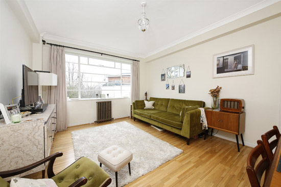 1930s apartment in George Bertram Carter's art deco Taymount Grange in London SE23