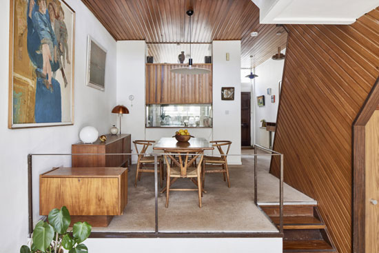 1960s Ted Levy modern house in London NW3