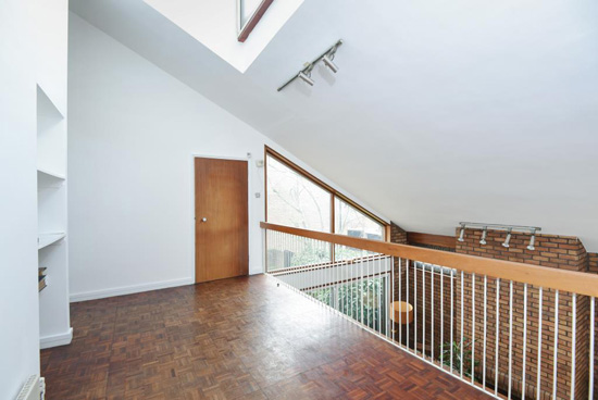 1970s modernism: Ted Levy-designed modernist property in Highgate, London N6