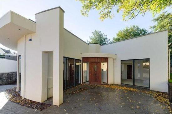 The Round House contemporary modernist property in Thornbury, near Bristol