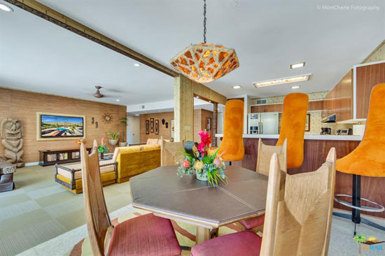 1960s midcentury modern: Tiki-themed condo in Palm Springs, California, USA