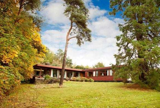 1960s Alan Reiach-designed midcentury modern property in Torphichen, West Lothian, Scotland