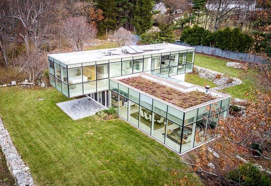 Toshiko Mori modernist property in Garrison, New York