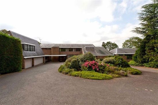 On the market: 1970s L.R.Harbison-designed Longbourne house in Totteridge, Barnet