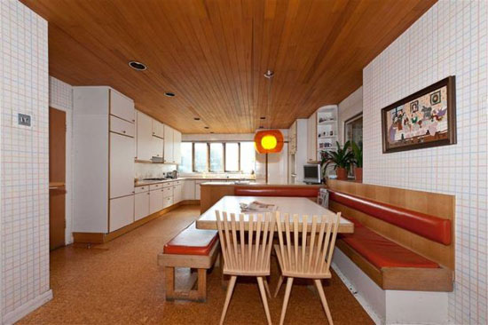 1970s L.R.Harbison-designed Longbourne house in Totteridge, Barnet